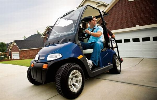 neighborhood_electric_vehicles_avp9v