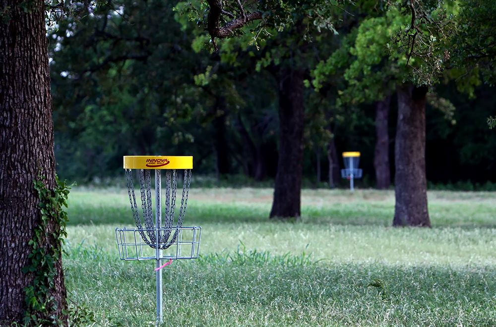 disc golf close and far_TC